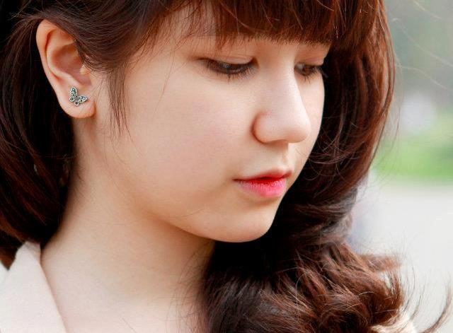 cuoc song khon kho it biet cua cac hot girl viet - 7