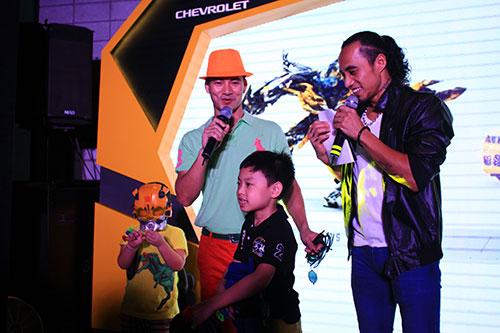 dam vinh hung chao don transformer 4 - 7