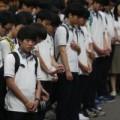 Tin tức - Phà Sewol: HS sống sót trở lại trường trong nước mắt