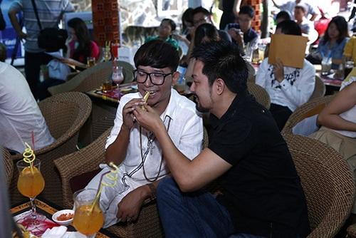 """long nhat dan """"nguoi tinh"""" chuc mung lam vu - 6"""