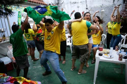 "doanh nghiep brazil ""meo mat"" vi world cup - 3"