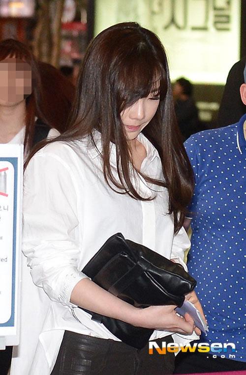 taeyeon (snsd) bat khoc truoc bao scandal - 3
