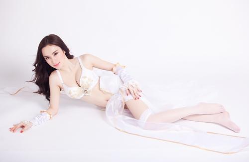 angela phuong trinh hoa chien binh sexy - 9