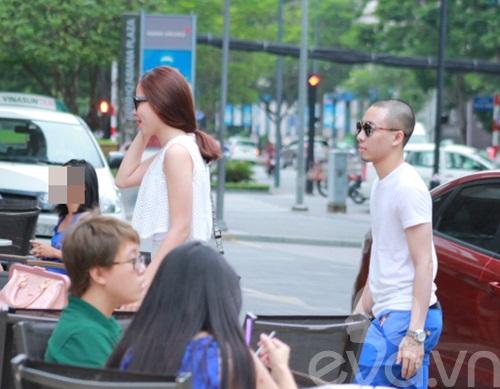 luu huong giang an mac sanh dieu di uong cafe - 5