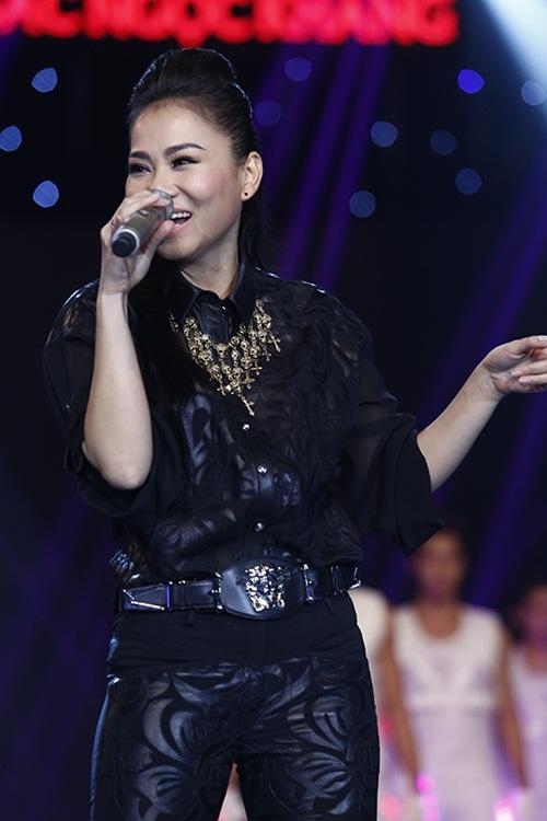 thu minh dien ca cay hang hieu 200 trieu len san khau - 3
