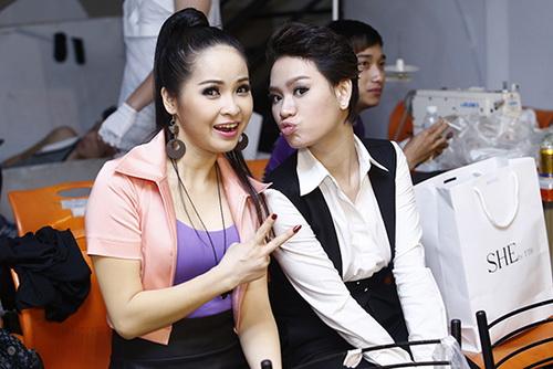 """tra my idol nhay """"yeu duoi"""" vi mang bung bau? - 10"""