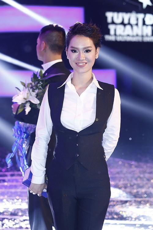 """tra my idol nhay """"yeu duoi"""" vi mang bung bau? - 5"""