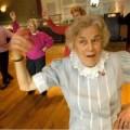 Sức khỏe - Khiêu vũ giảm đau khớp