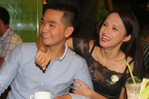 huong giang idol, kelly lang-xe ve dep dao keo - 9