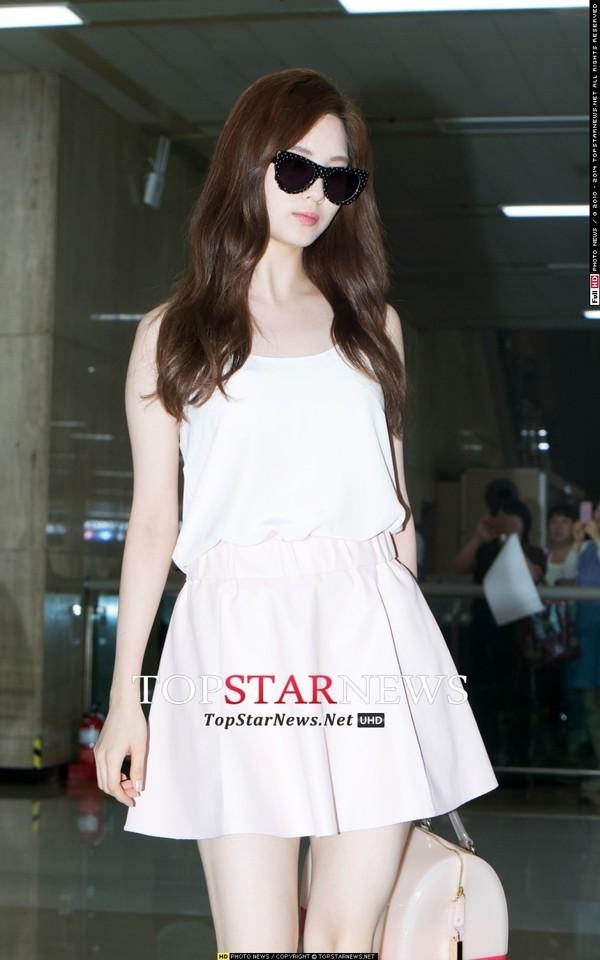 taeyeon (snsd) cuoi tuoi hon sau scandal - 7