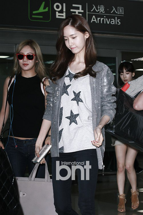 taeyeon (snsd) cuoi tuoi hon sau scandal - 8
