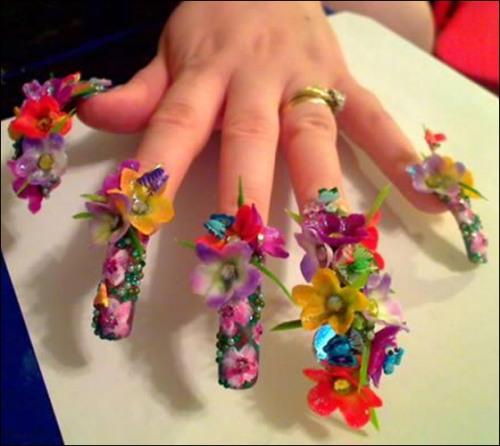 Mãn nhãn ngắm những mẫu nail 3D rực rỡ ngày hè-11