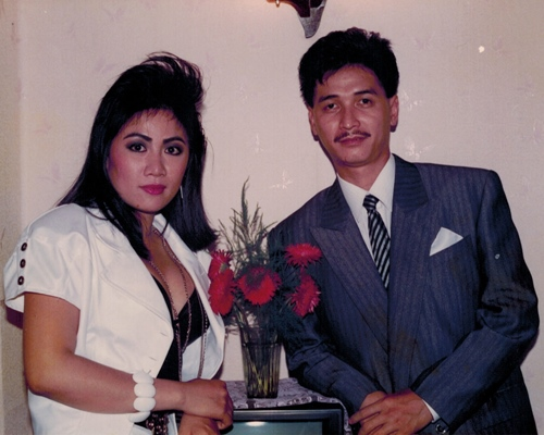 nguyen hung khoe anh tinh cam voi vo thoi tre - 6