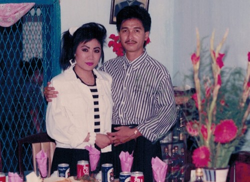 nguyen hung khoe anh tinh cam voi vo thoi tre - 3