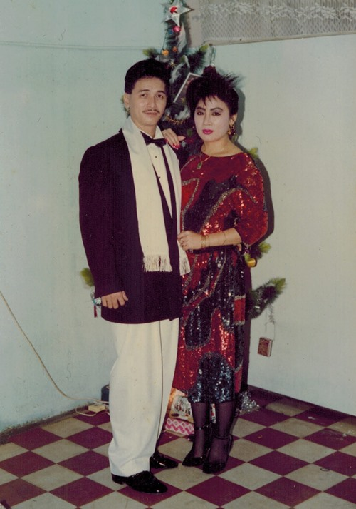 nguyen hung khoe anh tinh cam voi vo thoi tre - 4