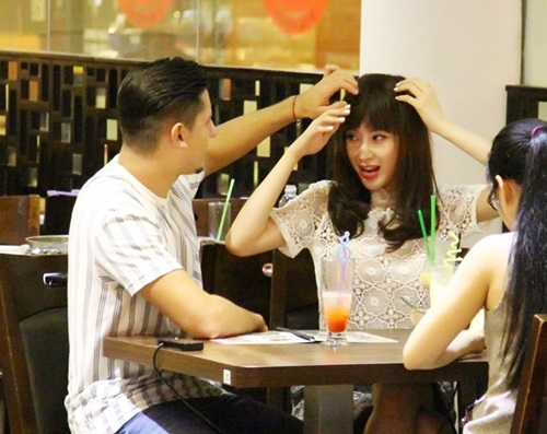ban nhay om eo angela phuong trinh chon dong nguoi - 1