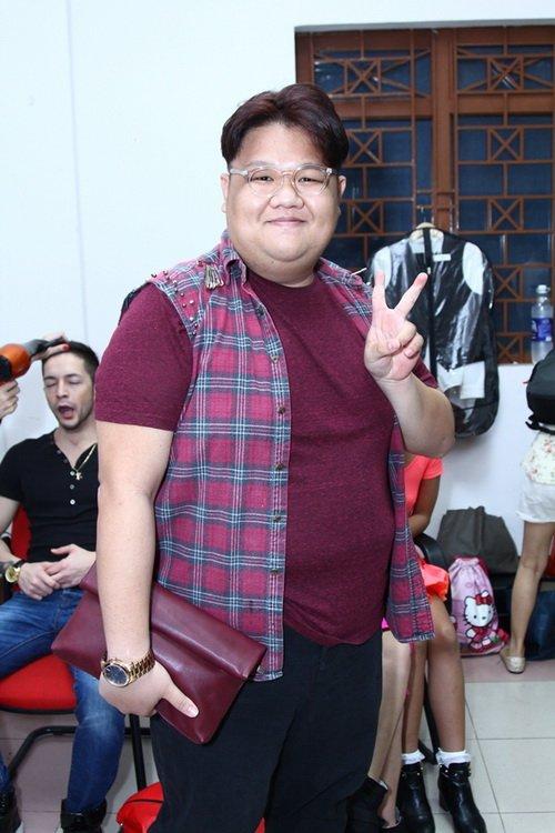 "khanh thi tu tin khoe bung bau 6 thang ""vuot mat"" - 7"