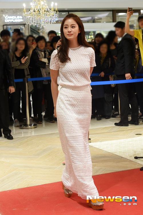 Kim Tae Hee tươi tắn giữa tin đồn sắp cưới-5