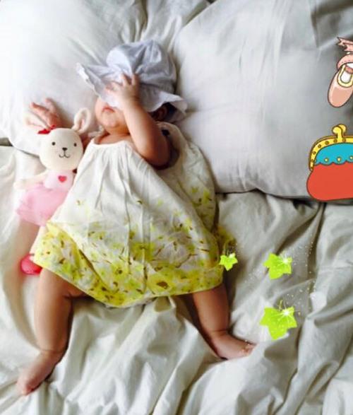 Maya khoe khéo con gái đầu lòng bụ bẫm-1