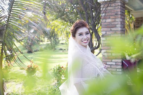 Tiêu Châu Như Quỳnh làm cô dâu trong MV mới-1