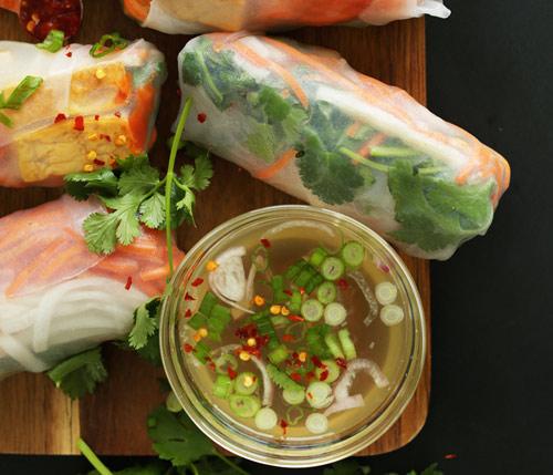 Đậu phụ cuộn rau củ đơn giản, dễ ăn-5