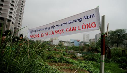 Hà Nội: Chỉ 10 phút, dưa hấu Quảng Nam đã 'cháy hàng'-6