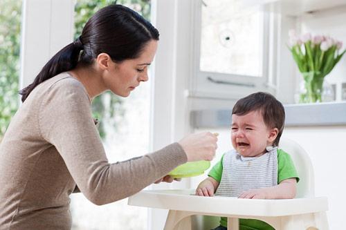 Kết quả hình ảnh cho trẻ lười ăn