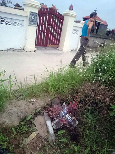 Hải Phòng: Hàng trăm ngôi mộ bị phá trong đêm-3