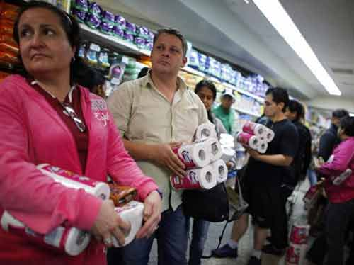 Venezuela: Nghỉ khách sạn phải tự chuẩn bị ...giấy vệ sinh-1