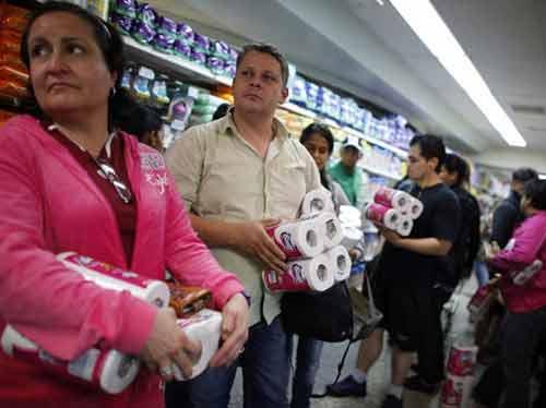 venezuela: nghi khach san phai tu chuan bi ...giay ve sinh - 1