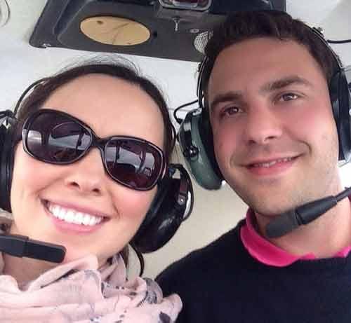 Vợ chồng mới cưới thiệt mạng sau tai nạn máy bay-1
