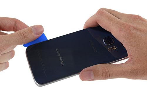 """mo bung"" galaxy s6 edge: kho sua hon iphone 6 plus - 5"