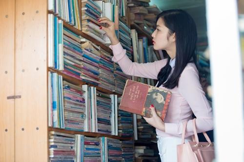 hh triẹu thị hà giản dị di mua sách cũ - 5