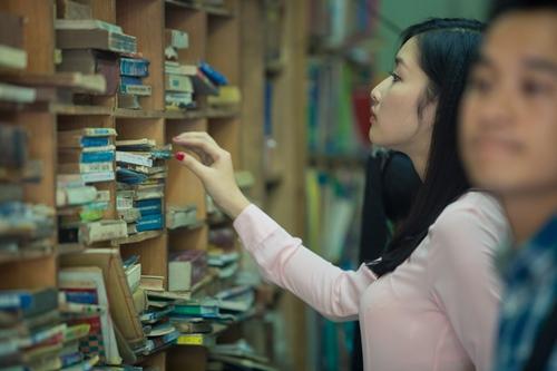 hh triẹu thị hà giản dị di mua sách cũ - 6