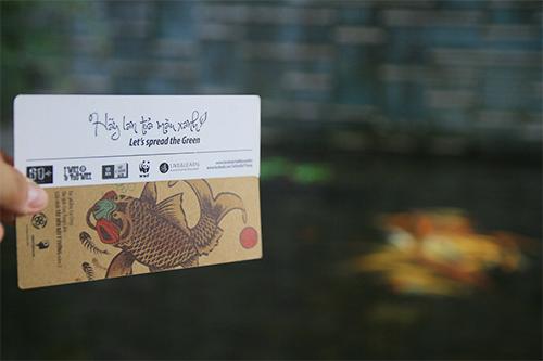 hoc sinh thu do thu gom dong nat, ung ho trong rung - 10