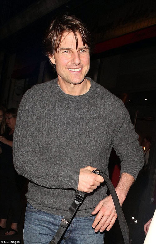 tom cruise tuoi roi sau tin bo be suri hon 1 nam - 2