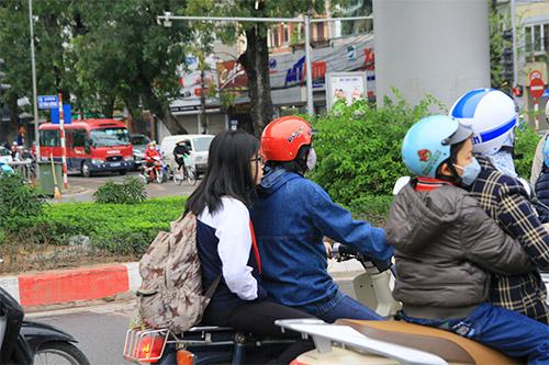 ngay dau phat hs khong doi mbh: con nhieu vi pham - 2