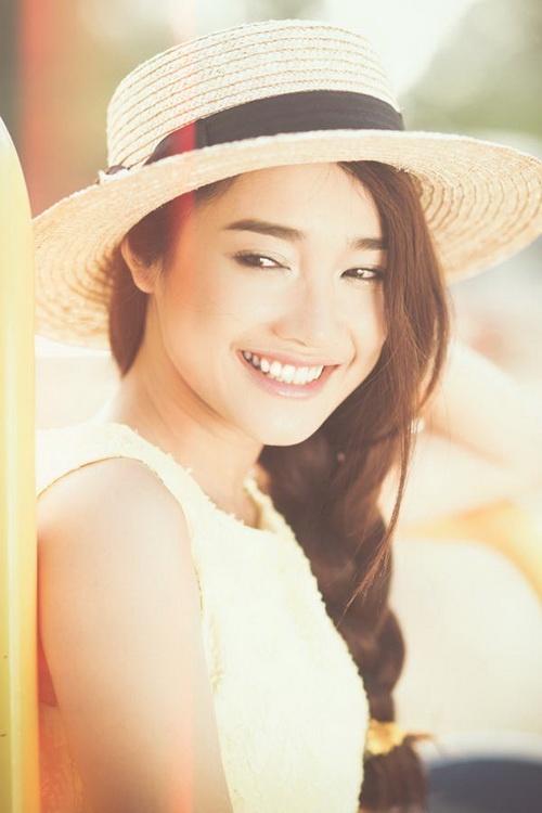 """nha phuong: """"khong ngai so sanh voi lan ngoc"""" - 2"""