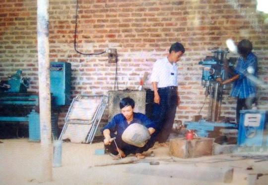 ha noi: nguoi dan ong song hanh phuc voi 8 vo, 27 con - 3