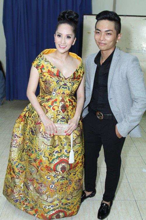 """khanh thi """"be"""" bung bau 7 thang tinh tu ben phan hien - 4"""