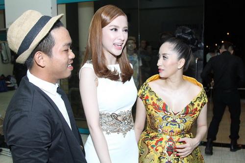 """khanh thi """"be"""" bung bau 7 thang tinh tu ben phan hien - 8"""