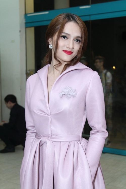 """khanh thi """"be"""" bung bau 7 thang tinh tu ben phan hien - 12"""