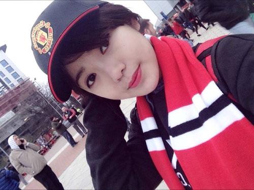 'hot girl mu' xinh ngat ngay gay 'bao' cong dong mang - 4