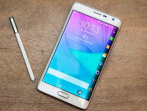 4 mau smartphone man hinh cong doc dao dang ban tai viet nam - 3