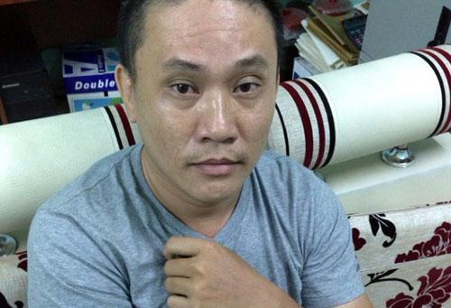 bon 'chan dai' ban dam khong duoc cap phep bieu dien - 2