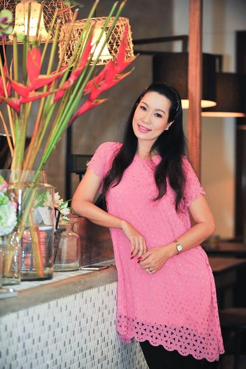 trinh kim chi van thon gon du 'bung bau' 7 thang - 1