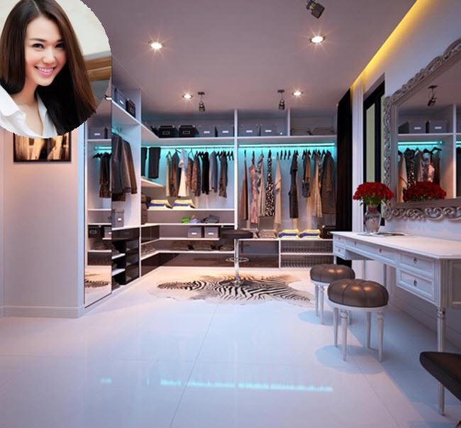Bên cạnh không gian nhà tuyệt đẹp, tổ ấm của Khánh My còn khiến nhiều người ngưỡng mộ với phòng thay đồ sang trọng như trong một cửa hàng thời trang cao cấp.