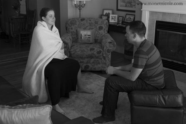 Là một nữ hộ sinh đồng thời mang thai lần 2 nên mẹ bầu Treanna Wade rất tự tin vào khả năng sinh nở của mình. Cũng giống như lần mang thai đầu, cô quyết định sinh con tại nhà với phương pháp đẻ thường dưới nước.