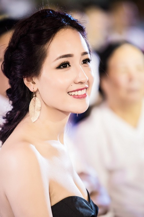 "mai phuong thuy dep rang ro, thao trang ""khoe than"" kin dao - 8"