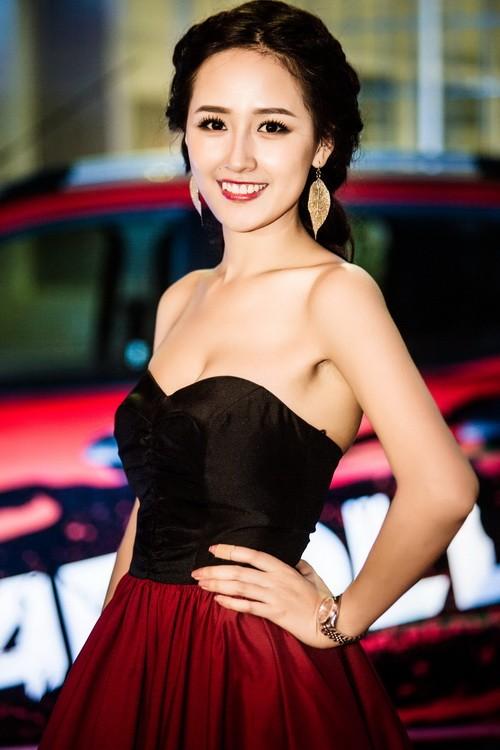 "mai phuong thuy dep rang ro, thao trang ""khoe than"" kin dao - 7"